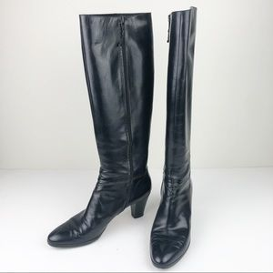SALVATORE FERRAGAMO Tall Heeled Boot 8 Narrow